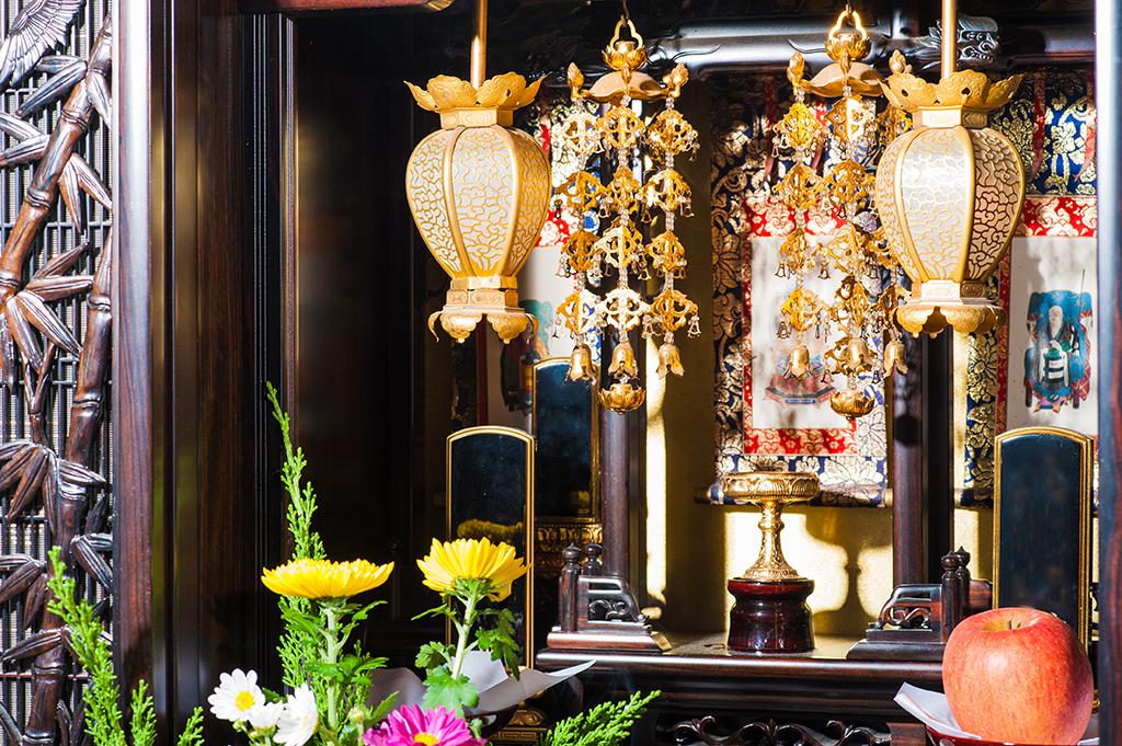 処分方法4.仏壇を買ったお店に依頼